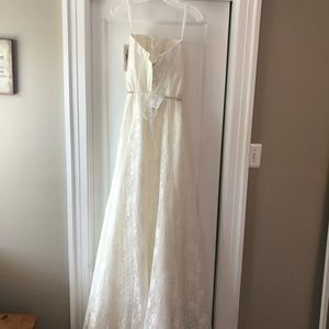 David's Bridal Dresses - Strapless Wedding Gown w/ Belt